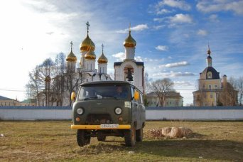 UAZ jeep in Golden Ring tour