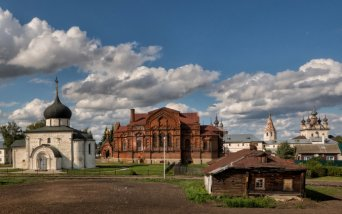 Golden Ring, off the beaten paths: Yuriev Polsky town