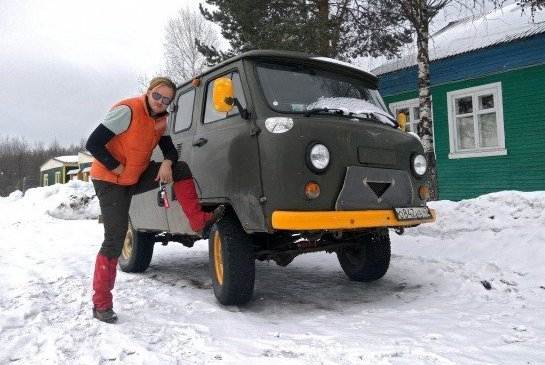 "<span style=""font-weight: bold;"">4x4 Arctic adventure tour</span>"